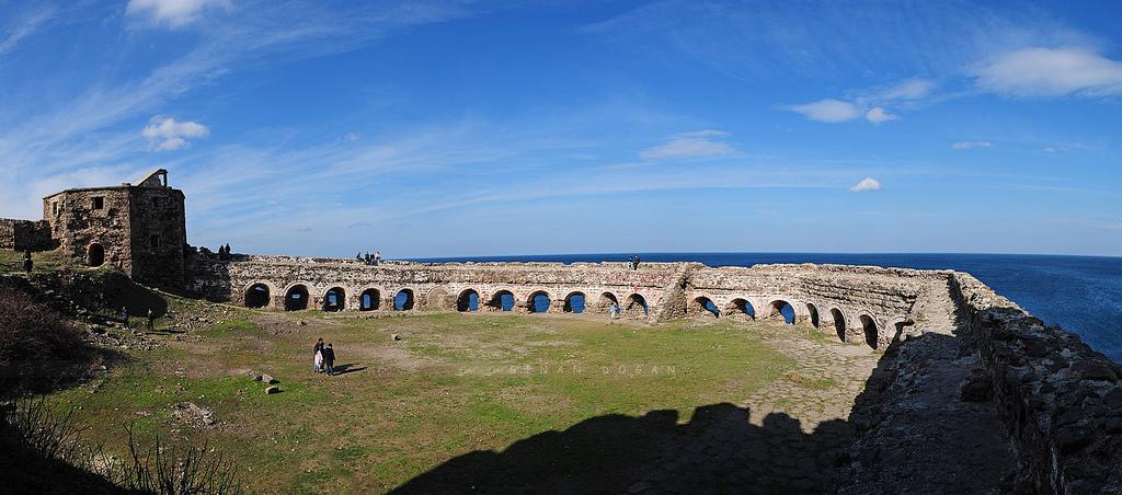 Arkeolojik Kazılar, Türk Kaleleri ve THY